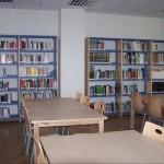 Biblioteca Municipal (sala de consulta y estudio)